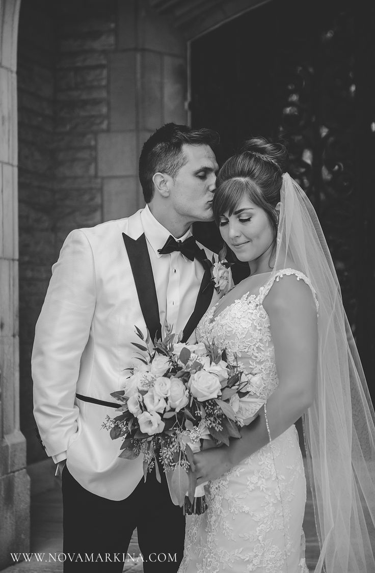 Romantic Wedding Portrait || Loving Bride and Groom Portrait Inspiration || NovaMarkina Photography || See more of this Liuna Station Wedding here: http://www.novamarkina.com/blog/liuna-station-wedding-photography-k-a