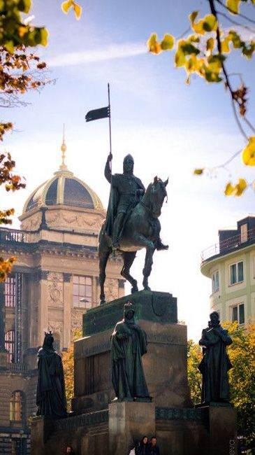 Josef Václav Myslbek - The sculpture of St.Wenceslas and other four main Czech saint patrons - St.Ludmila, St.Adalbert of Prague (Vojtěch), St.Agnes of Bohemia and St.Procopius (Prokop) at Wenceslas Square, Prague, Czechia (installed 1912-1924) #sculpture #Czechia #CzechArt #art #memorial