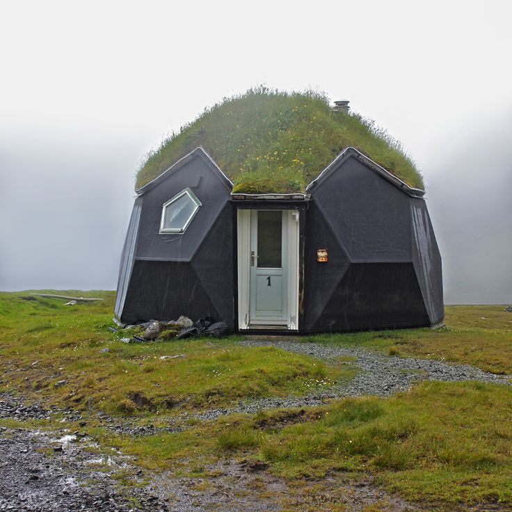 Yallingup Eco House Project: Huts Shelters Tents Playhouses And Dwellings: A Collection