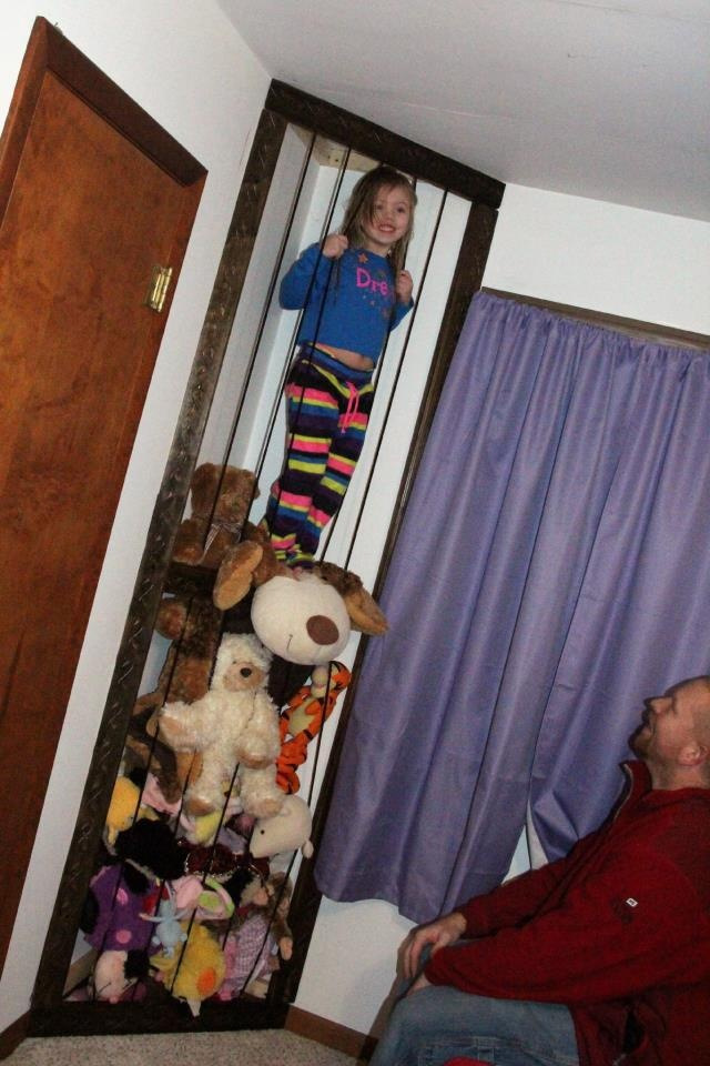 Stuffed Animal Zoo | DIY | Pinterest | In the corner ...