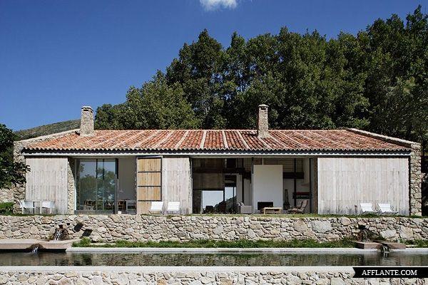 House at Extremadura // ABATON Arquitectura | Afflante.com