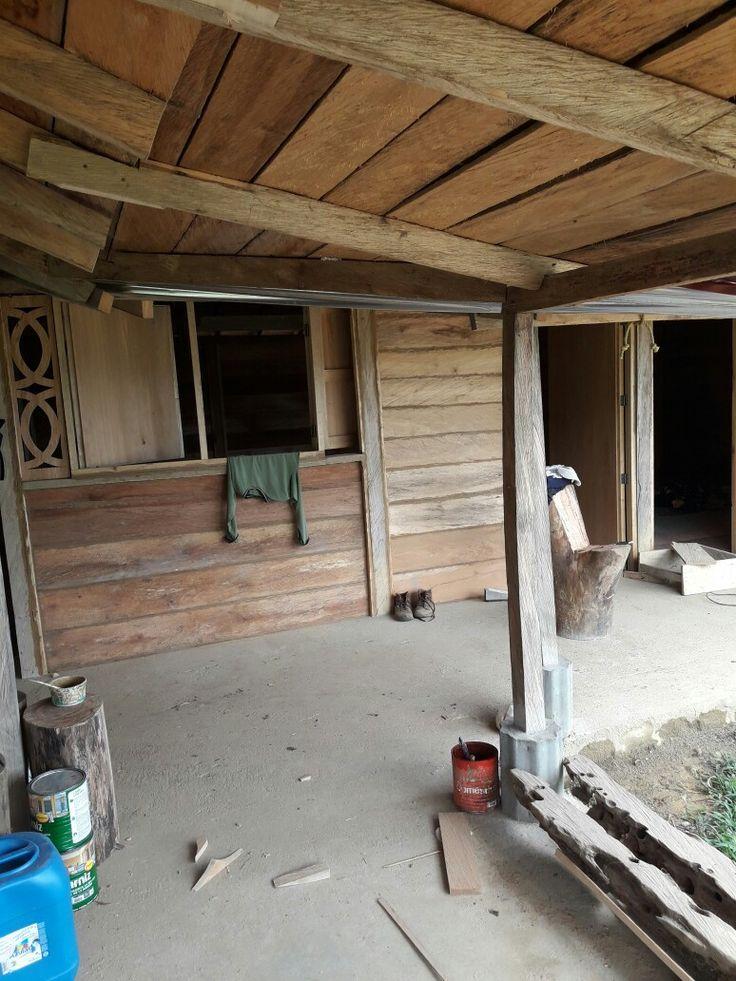 Cabaña modelo madera rustica San Carlos Antioquia  (colombia)