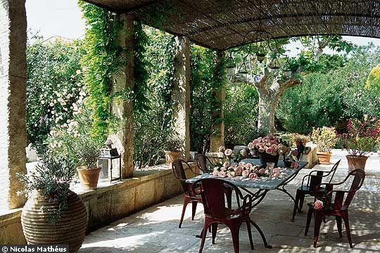 Une belle terrasse pour profiter de la vie belle d co - Comment amenager une terrasse de charme ...