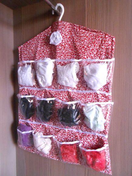 30e523820 Compre Porta lingerie e meias p cabide-Floral V no Elo7 por R  65