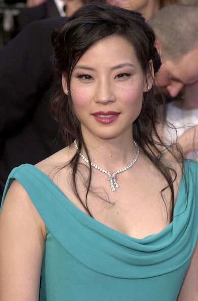 Lucy Liu Photos - 6th Annual Screen Actors Guild Awards - Arrivals.Shrine Auditorium, Los Angeles, CA. .March 12, 2000. - 6th Annual SAG Awards