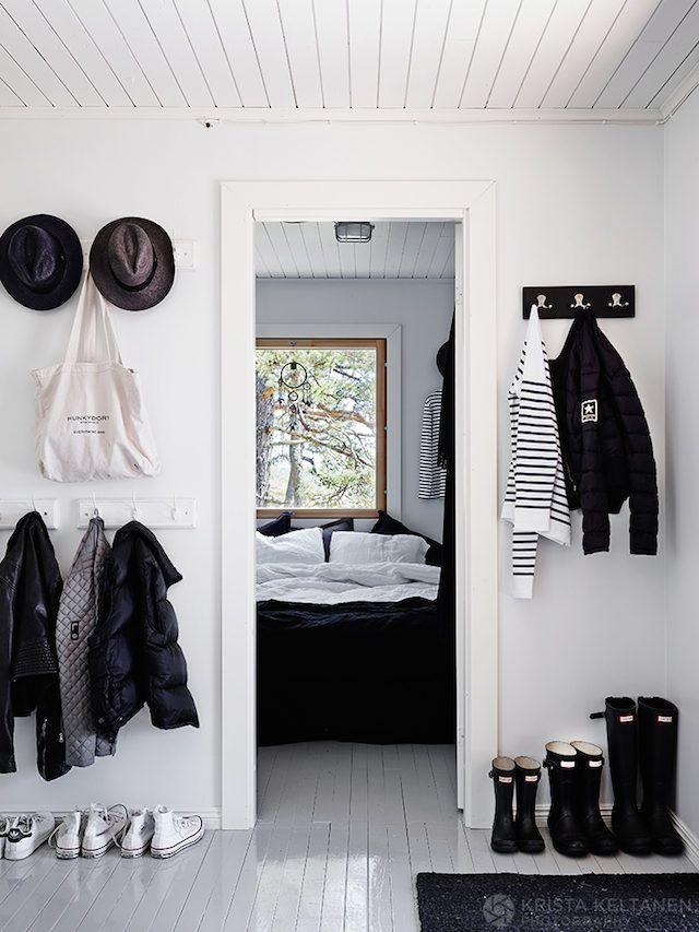 Hallway in an idyllic Finnish cabin in the Inkoo archipelago. Photo: Krista Keltanen.