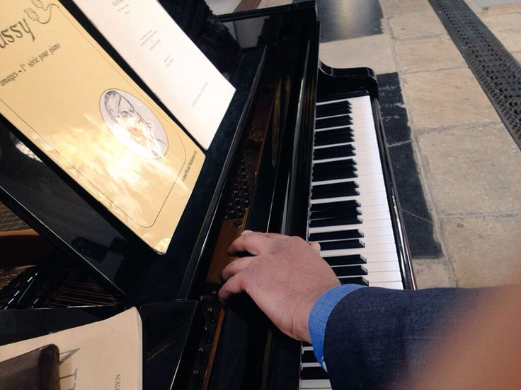 Trying the #piano for today's concert #London #PianoFingers at St Mary at Hill
