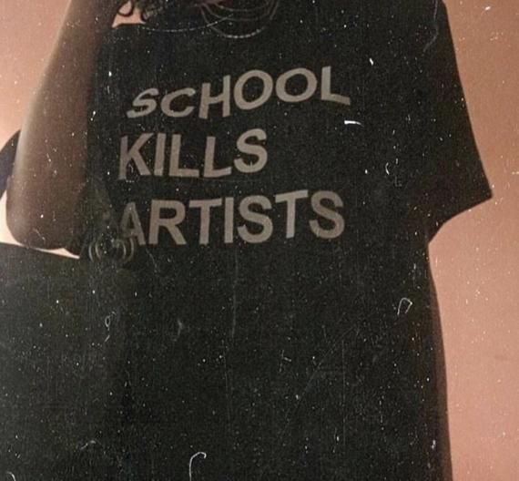 School Kills Artists T-Shirt / Unisex Tee / Black, Forest Green, Navy / XS-5XL – #Artists #Black #forest #Green #Kills
