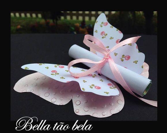 Convite borboleta floral em papel de 180 gramatura.