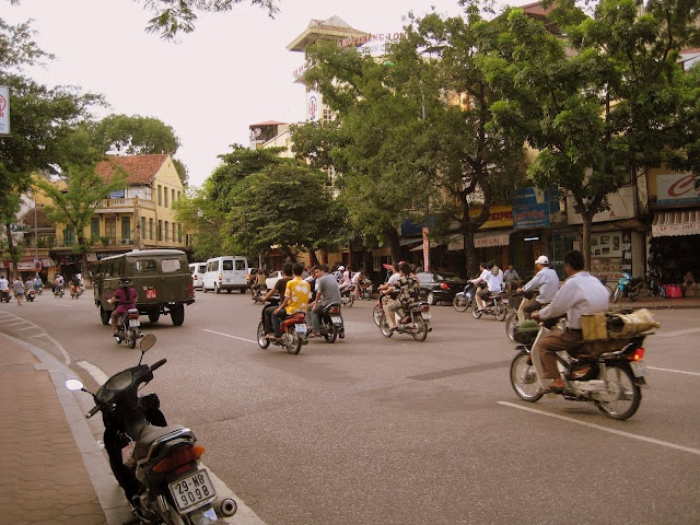 Hanoi, Vietnam http://invernointerior.blogspot.no/search/label/Vietnam