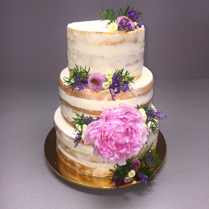 Semi-naked wedding cake  #freshflowers #peony