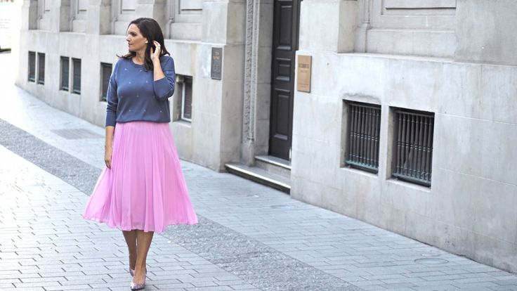 5 fabulous knits that wont add bulk over on the blog now.