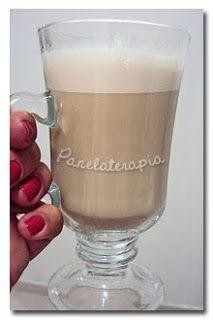 Café Cremoso - 1/2 pacotinho de Nescafé tradição (25g) + 2 xícaras de açúcar (uso sempre a metade de adoçante em pó) e 150 ml de água morna. Bate na batedeira por 10 minutos em velocidade baixa e mais 5 em velocidade rápida. Vai virar um creme parecido com um chantilly de café. Rende um pote de sorvete + ou menos. Depois disso você armazena no congelador (ele não vai congelar, fica sempre cremoso). Aí é só esquentar o leite e adicionar 1 colher do creme (Receita - PANELATERAPIA)