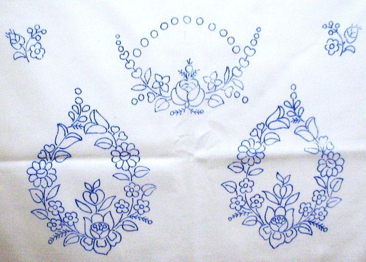 drukkolt kalocsai minta  printed kalocsa embroidery pattern on canvas.