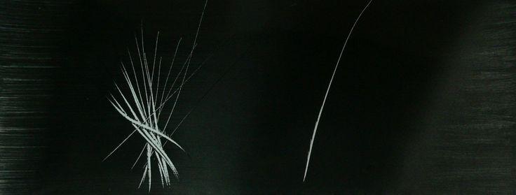 Hans Hartung PHOTOGRAPHIE ANCIENNE TIRAGE ARGENTIQUE REALISEE PAR HANS HARTUNG FORMAT DU TIRAGE 24 X 18 CM FORMAT DE LA COMPOSITION 23 X 9 CM NON SIGNEE