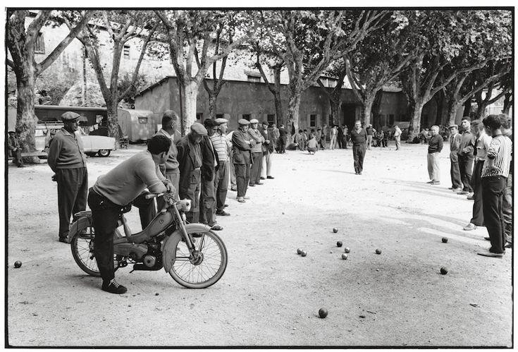 « Pétanque et jeu provençal » : la nostalgie de Hans Silvester   Actuphoto