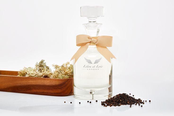 Galvanise your bathroom with beautiful Oriental Sandalwood and Black Pepper bath foam for a spice fused luxury experience. Buy online: https://www.lilouetloic.com/oriental-sandalwood-black-pepper-bath-foam.html