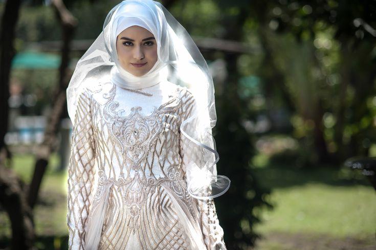 Laksmi Islamic Bride - 1 oleh LAKSMI - Kebaya Muslimah & Islamic Wedding Service • Gaun pengiring pengantin | Bridal | Bridestory di Indonesia | Bridestory