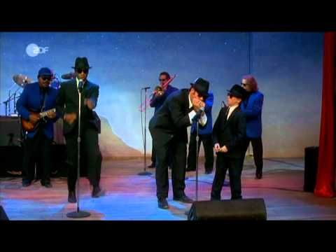 Blues Brothers 2000: Turn On Your Love Light (FünfSterneMovieClip) - YouTube