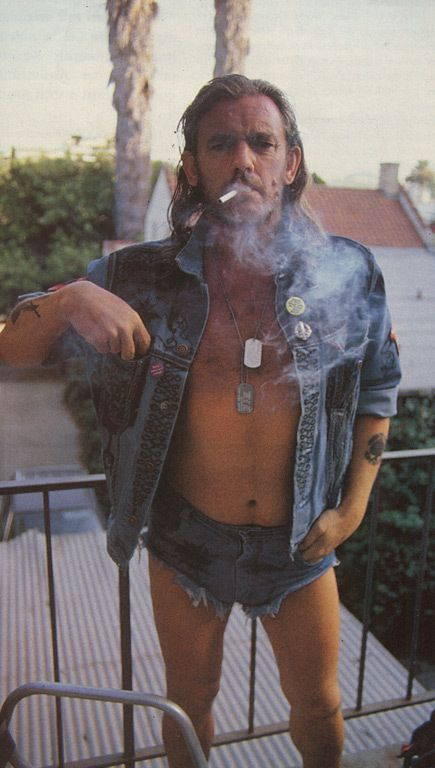 There's never been anything so cool and so not cool at the same time than this pic. Lemmy Kilmister
