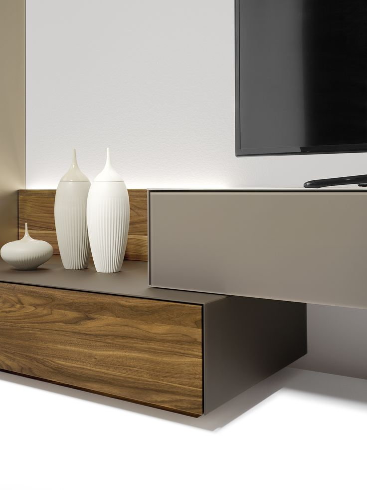 The new, reduced unit depth gives you more planning options with our home entertainment range. | TEAM 7