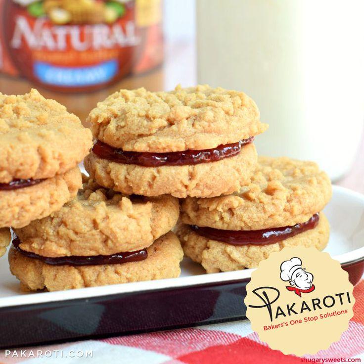 Cookies dengan selai kacang mungkin sudah biasa, namun bagaimana dengan jelly didalamnya? Peanut Butter and Jelly Sandwich Cookies memberikan kenangan klasik terhadap kue masa kecil #InfoPakaroti