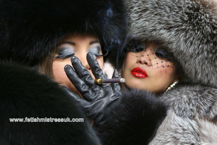 Fox Fur 39 S And Smoking Close Up