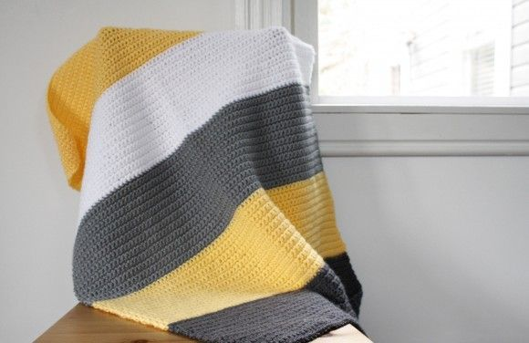 Simple instructions on making this modern crochet blanket. Good for beginners. Single Crochet only, includes color names!  Also has a link to 2 other blankets.