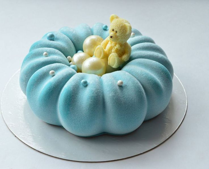 """910 Likes, 14 Comments - Муссовые торты Астрахань (@ms.million_cakes) on Instagram: """"Когда вечеринка в стиле Тиффани для малышки на 2 годика , на ее тортике обязательно должен быть…"""""""