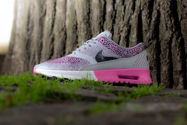 Nike WMNS Air Max Thea Print   Wolf Grey /  Anthracite   Red Volt   White