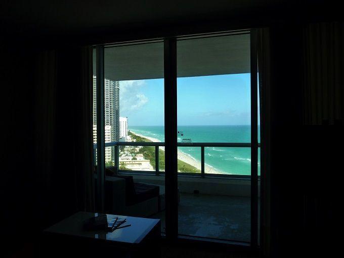 アメリカ・フロリダ州「エデンロック・マイアミビーチ」にて。Eden Roc Miami Beach in Florida, USA.