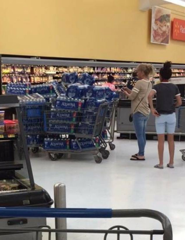 People Of Walmart - Funny Pictures of People