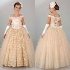 """Résultat de recherche d'images pour """"robe princesse petite fille pour mariage"""""""
