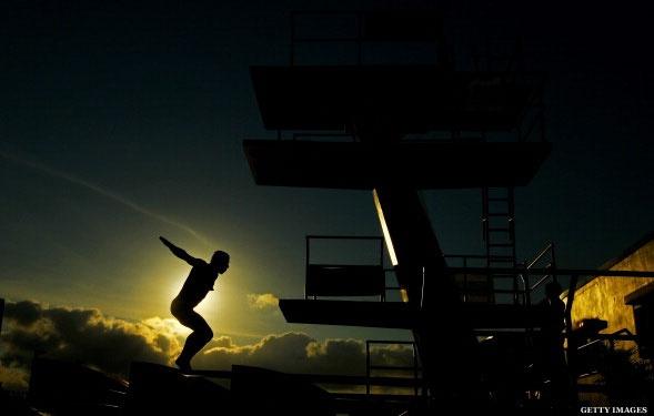 Drew Livingstone prepares for a practice dive in Fort Lauderdale. USA Diving Grand Prix, 5/11/12