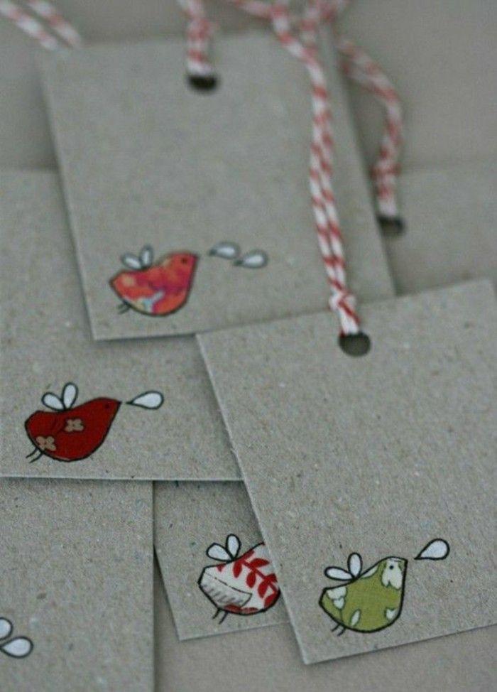 carte voeux personnalisée en carton avec des dessins colorés