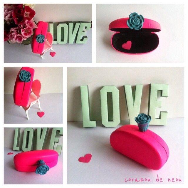 miniaudiere upcycled sunglass case corazon de neon
