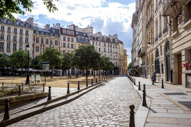 Streets of Paris. Travel, explore & experience. Photo by Lashan Ranasinghe. #LiveLaughExplore