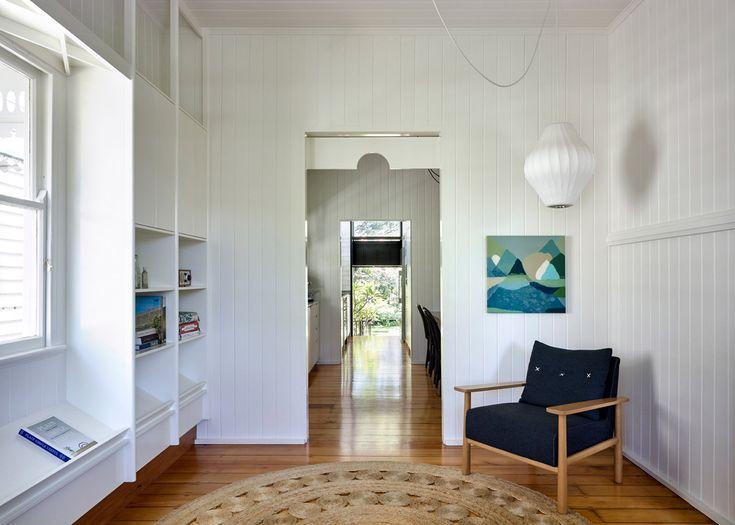 interior design for bungalow house. Best 25  Bungalow interiors ideas on Pinterest Craftsman wall lighting Half walls and DIY interior half