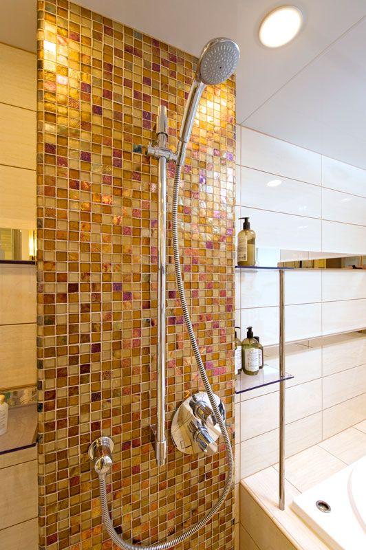 ボウクスは、タイル・レンガ・ブリック・石材などの内外装建材の販売、バスルーム・キッチン等の水まわり設備や建物外構の設計施工・リフォーム・リノベーションなど、豊かな住環境づくりのために質の高い製品とサービスの提供を行なっています。