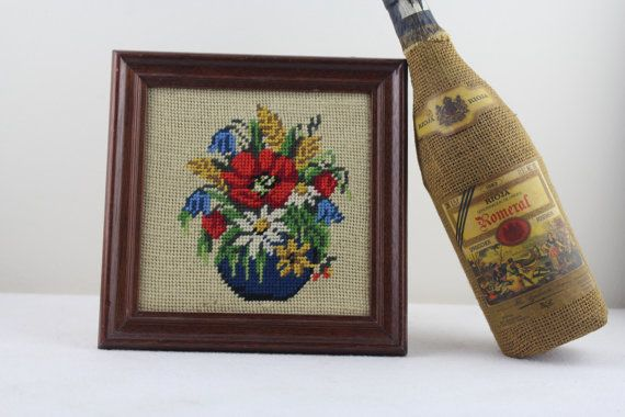 Vintage Crochet picture Vintage wall decoration 60s with handmade wooden photo frame Home Decor  flowers Image