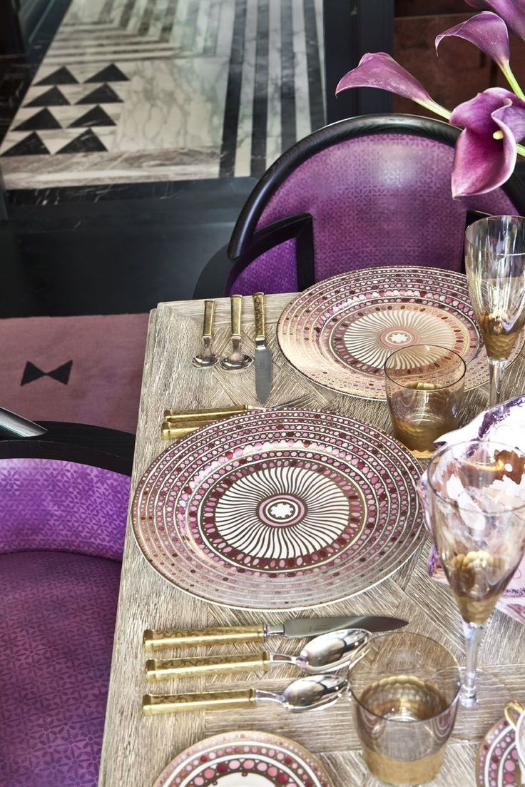 Bachelorette pad / Beautiful purple table ware, table setting by Kelly Wearstler