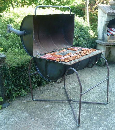 DIY oil drum BBQ | My home-grown BBQ made from an old oil dr… | Flickr