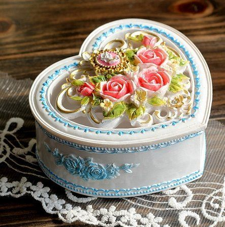 City Block Blooming Rose Tree Heart Resin Jewelry Box (white) Home Accessory,http://www.amazon.com/dp/B00IVG5YL0/ref=cm_sw_r_pi_dp_f0sltb0XT76BMSBR