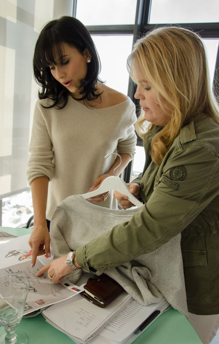 Workshop with Kristina Lindhe and Hilaria Baldwin, creating the Hamptonite Collection.  http://www.lexingtoncompany.com/