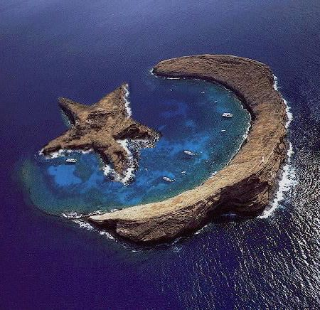This is an actual place!!!   Island of Molokini - Natural Star and Crescent - Between Maui and Kahoolawe, Hawaii