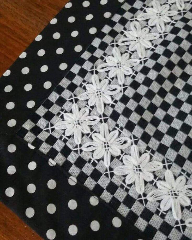 Bordado em tecido xadrez - Amostra de Bordado/Barradinho de um Caminho de Mesa (Detalhes sobre o bordado... Visitar)