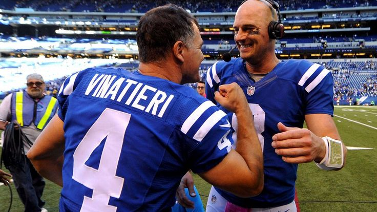 Age is truly but a number for Colts' Matt Hasselbeck and Adam Vinatieri