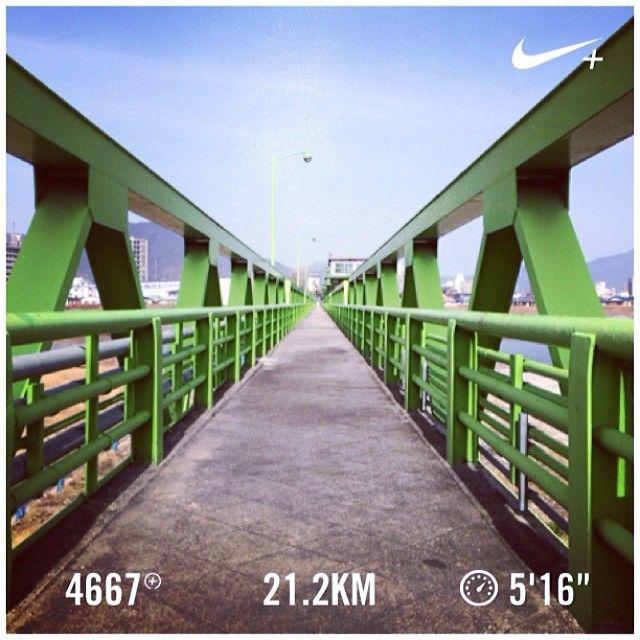 elbow_fizzy: 京都マラソンに刺激されて2日連続のハーフ!さすがにしんどかった(...   Nike Plus Running