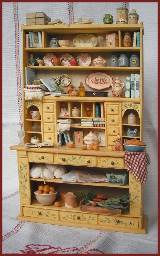 filled kitchen cabinet