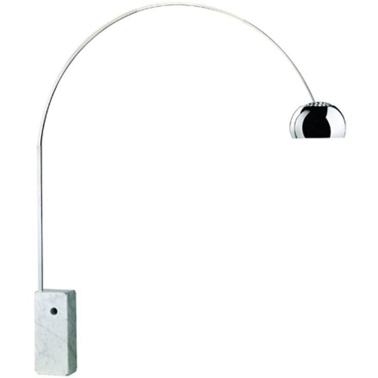 Die Stehleuchte Arco ist ein Designklassiker par excellence und als solcher ein Teil der Dauerausstellung im Museum of Modern Art in New York. Im Jahr 1962 entwarfen die Brüder Pier Giacomo und Achille Castiglioni die Bogenleuchte für den Hersteller Flos. In ihrem Design, dem eine einfache Straßenlaterne Pate stand, vereinen sich die Vorteile einer Steh- und Hängeleuchte.